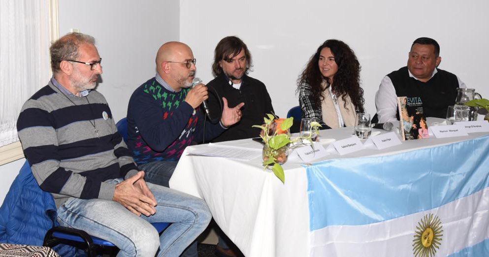 Dirigentes peronistas junto al padre Pepe pidieron con urgencia revertir la situación social que vive Argentina