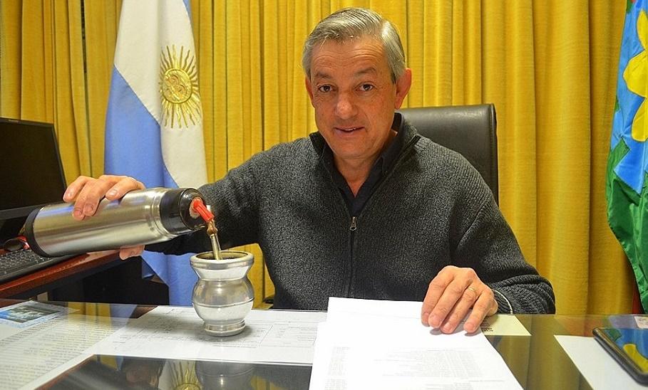 """Jorge Cortés, el intendente que seguía ejerciendo como médico y que en la gestión era """"una topadora"""""""