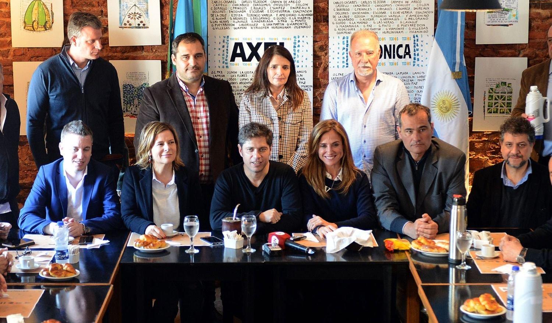 En La Plata, Garro es el más votado pero pierde por 10 contra la sumatoria de Todos