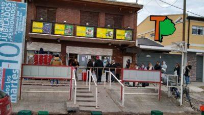 Descuentos al 50% con Banco Provincia + alimentos sin IVA: los supermercados amanecieron repletos de gente