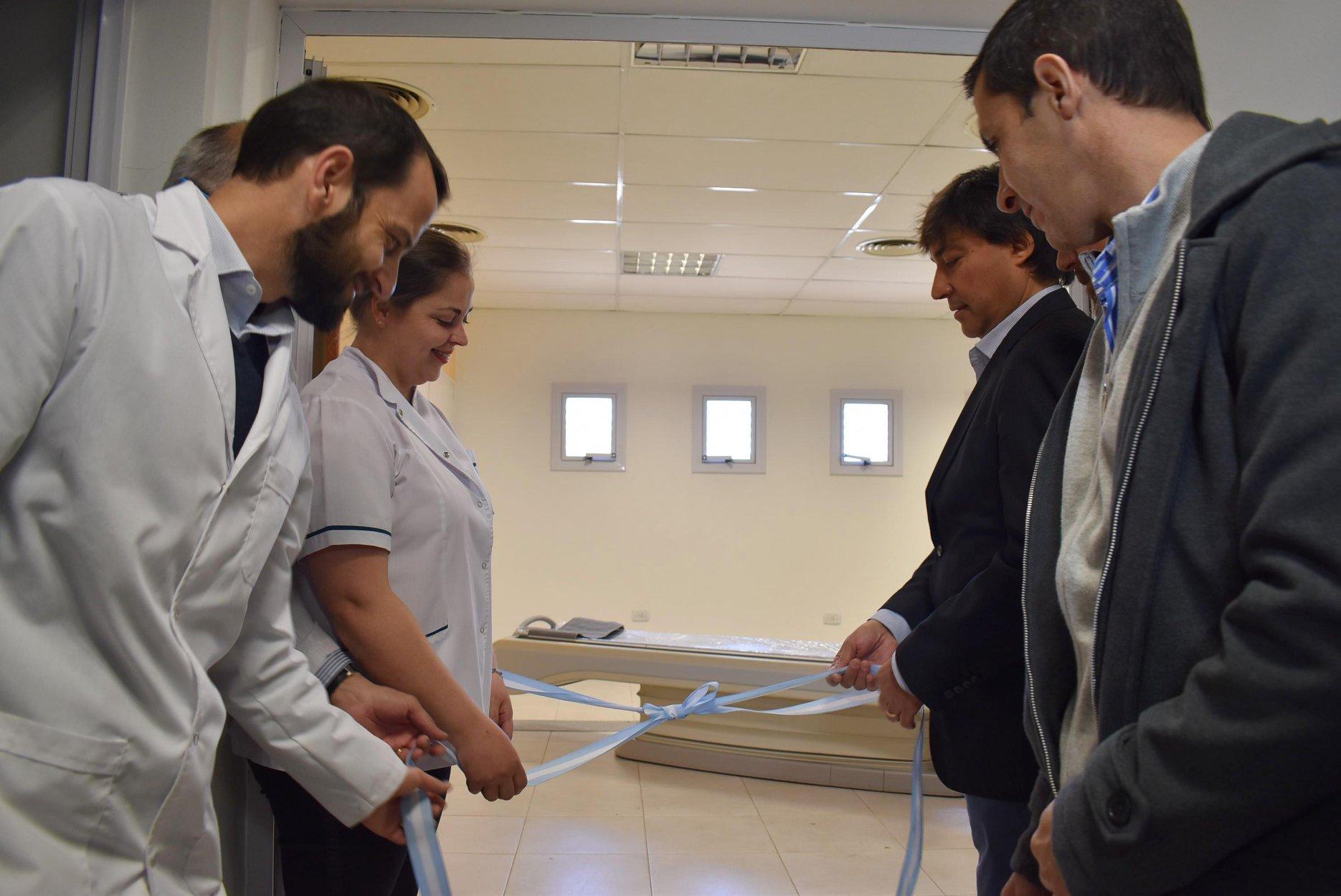 Acerbo presentó el nuevo Tomógrafo en el Hospital Municipal de Daireaux