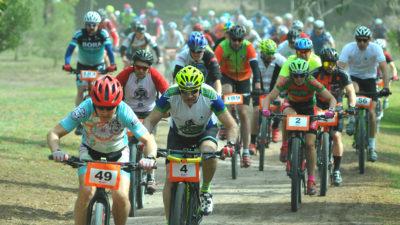 Con más de 100 ciclistas, fue un éxito la carrera de Rural Bike Monte Hermoso 2019