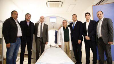 Martín Insaurralde junto a Máximo Kirchner y Sergio Massa inauguró un Hospital con fondos municipales