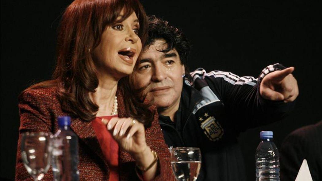 """La fiebre por Maradona supera la grieta: un radical pidió declararlo """"Huésped de Honor"""" de La Plata"""
