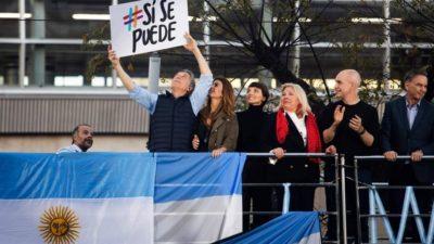 """Macri en la primera plaza del #Sísepuede: """"Se puede dar vuelta esta elección"""""""