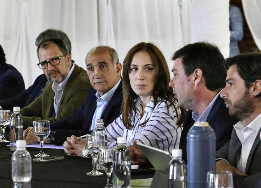 Apareció el bono de Vidal para los estatales: será de 3 mil pesos en dos cuotas