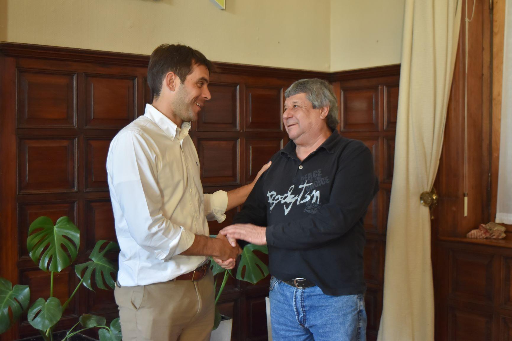 Passaglia anunció un bono de 12 mil pesos para los municipales de San Nicolás