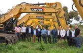 Provincia entregó a intendentes de Rojas, Junín y Saladillo maquinarias para reparar caminos rurales