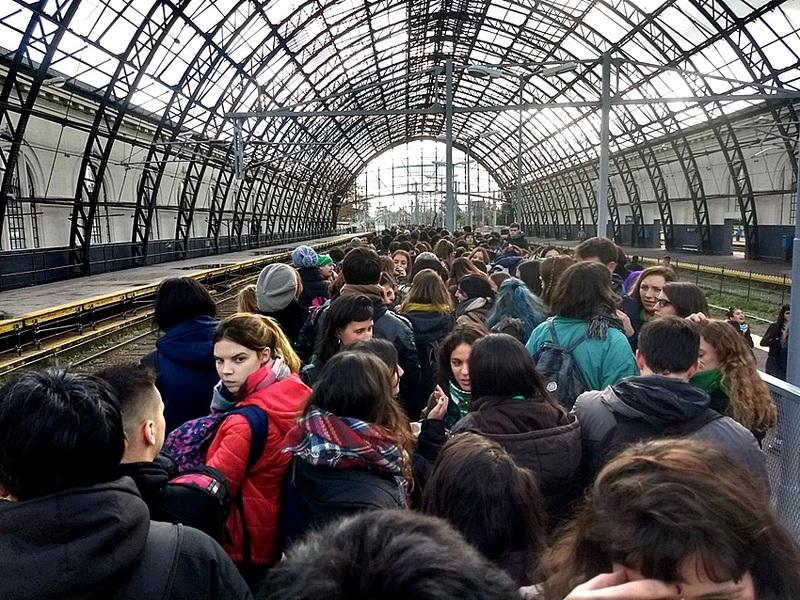 Por el 34º Encuentro Nacional de Mujeres habrá más trenes a La Plata