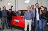 Urtubey y Bucca con eje en las Pymes recorrieron una fábrica de autos eléctricos en Chacabuco