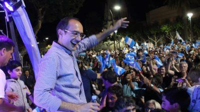 Bolívar / Pisano logró la reelección y se convirtió en el intendente más votado de la historia de su distrito