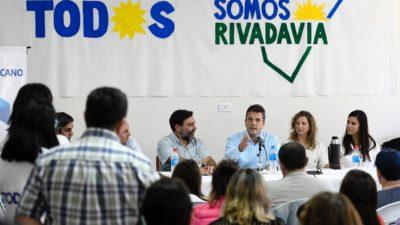 Massa pasó por Rivadavia, estuvo con Policano y prometió presupuesto nacional para el Centro Universitario