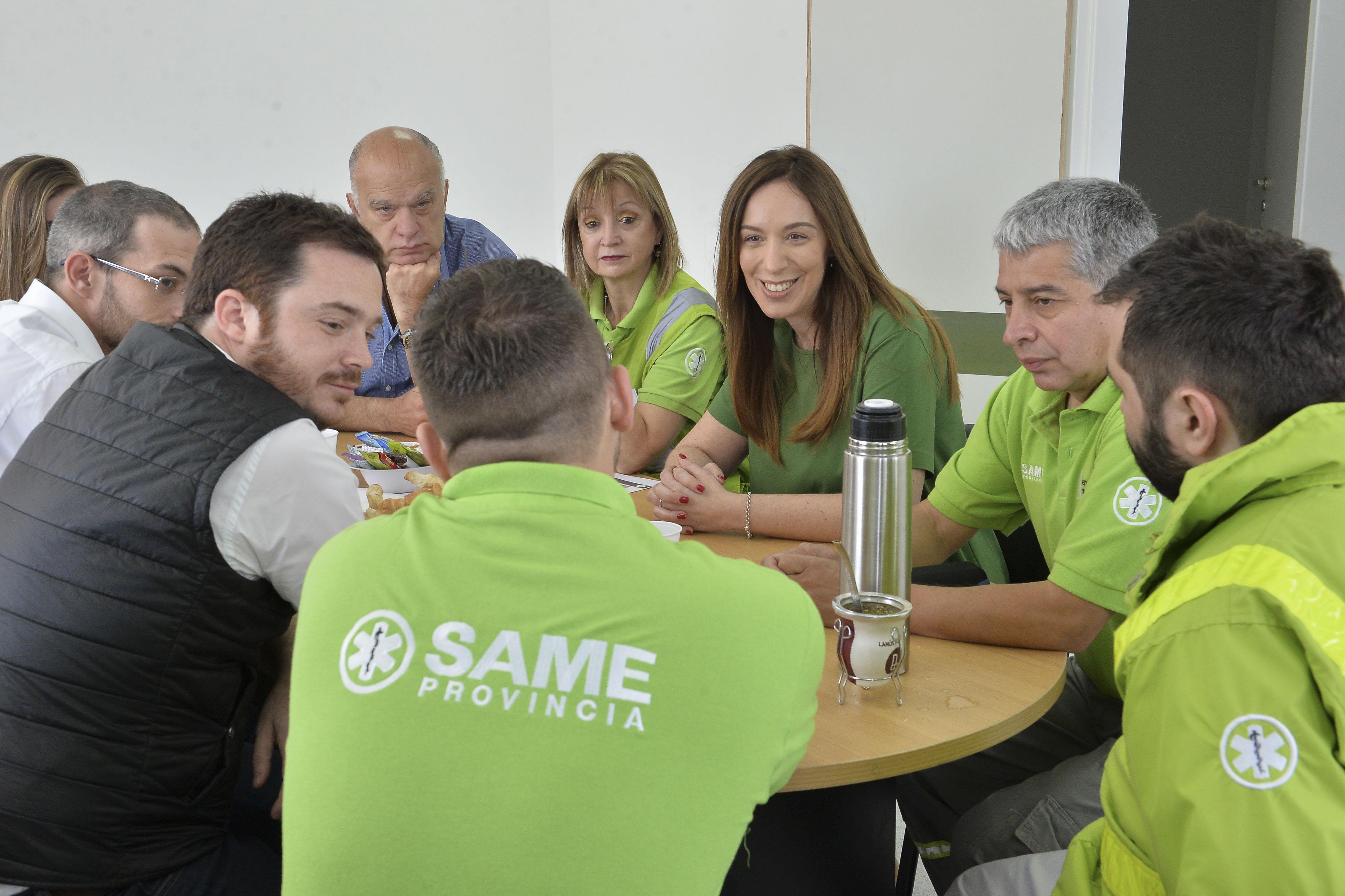 Vidal visitó a los operarios del SAME en Lanús a un mes de dejar la gobernación