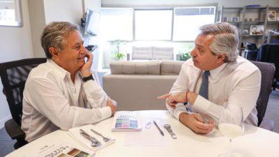 """Alberto Fernández: """"Si tendríamos que hacer un monumento al bombero llevaría la cara de Duhalde"""""""