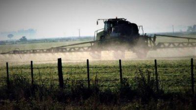 Por primera vez detuvieron a un ingeniero agrónomo y a un productor rural por la mala aplicación de agroquímicos