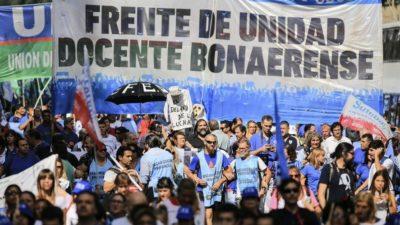 Los sindicatos docentes bonaerenses adhieren al paro nacional por la represión en Chubut