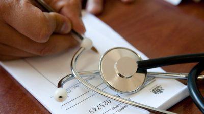 Buscan digitalizar las recetas médicas