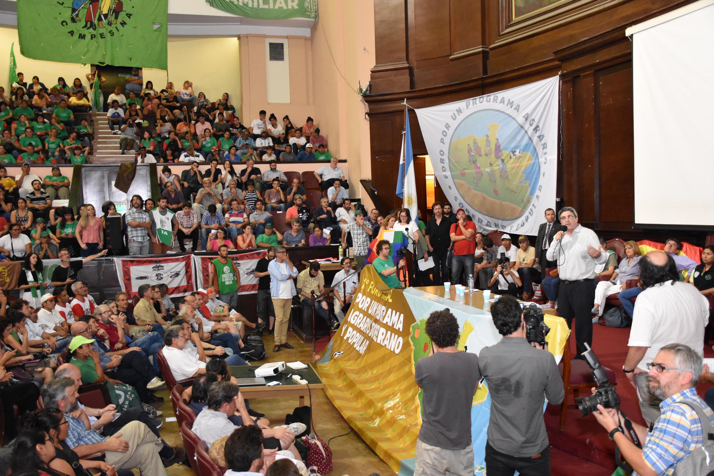 """Javier Rodríguez, el ministro de Desarrollo Agrario de Kicillof acusó a Vidal de """"cerrar las puertas del organismo"""""""