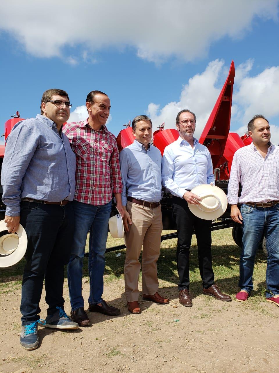 Darío Duretti con los integrantes de la comisión del campo del Partido Justicialista Bonaerense