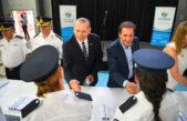 """Berni y Sujarchuk en Escobar distinguieron a Policías Bonaerenses: """"Tenemos que hacer una propuesta de trabajo hacia adelante"""""""