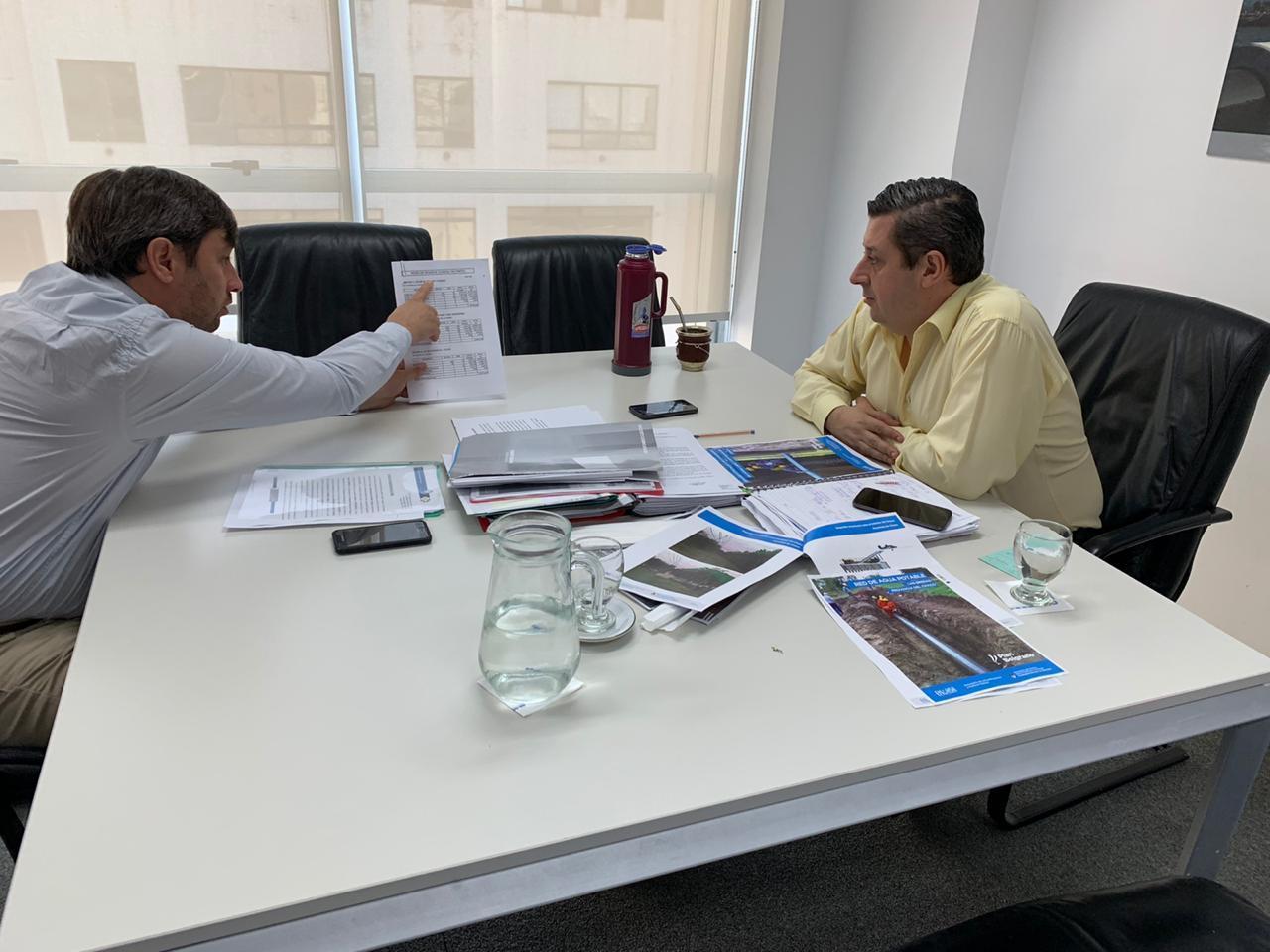 El intendente Pugnaloni gestionó en Nación obras de cloaca para Hipólito Yrigoyen