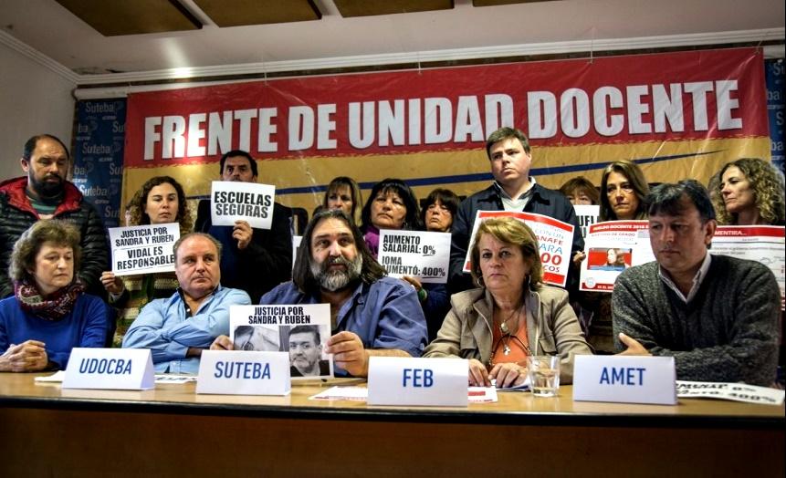 Kicillof y Vila recibirán a los gremios docentes en Gobernación