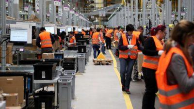 Alberto Fernández aumentará  por decreto el salario de los trabajadores del sector privado