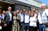 """Kicillof fue a Brandsen e inauguró un Centro de Salud construido en terrenos cedidos por """"Latigo"""" Coggi"""