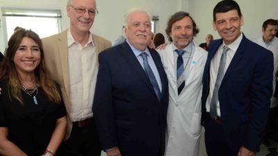 Ginés y Gollan pusieron en funciones a las nuevas autoridades del Hospital El Cruce de Florencio Varela