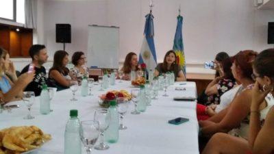La titular de Mujeres y diversidad, Estela Díaz adelantó que trabajan en una guía de lenguaje inclusivo para la administración pública