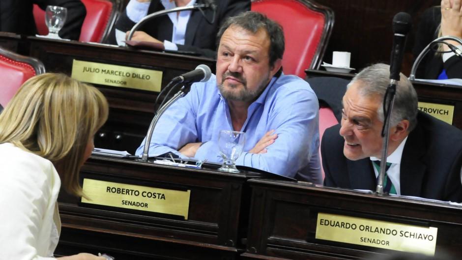 """Senadores de JxC criticaron al oficialismo: """"Lamentamos que para el Frente de Todos la educación no sea prioridad"""""""