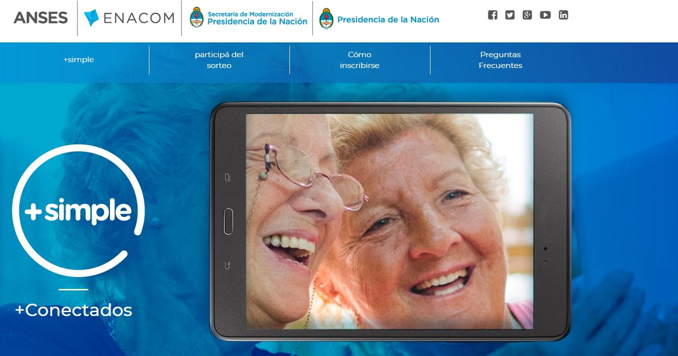 """Mercedes / El municipio, Anses y Enacom lanzan """"+ Simple"""" el programa que repartirá tablets a los adultos mayores"""