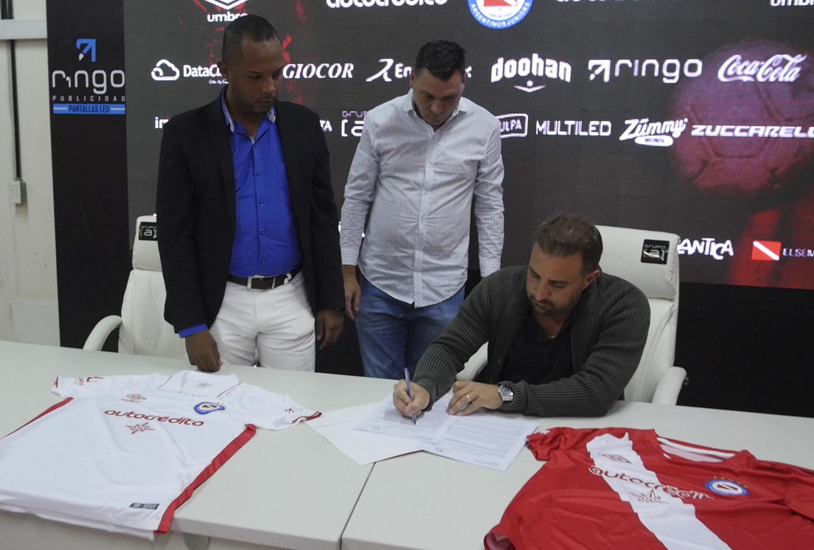 Argentinos Juniors es el primer equipo de la Superliga Argentina en incorporar a Kick Soccer Coin como Sponsor Oficial