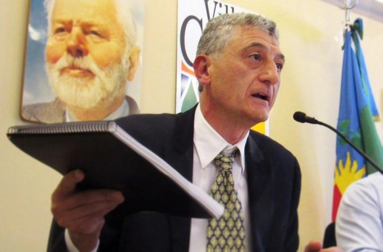 """Barrera explicó su proyecto para cerrar tres boliches y habló de """"cierto ensañamiento mediático"""" contra Villa Gesell"""
