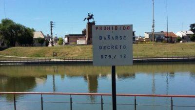 En Olavarría se ahogó un nene de 4 años en el arroyo: guardavidas critican la falta de un balneario municipal