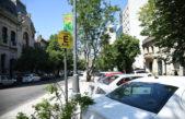 Aumentó a 30 pesos el estacionamiento medido en hora pico en la ciudad de La Plata
