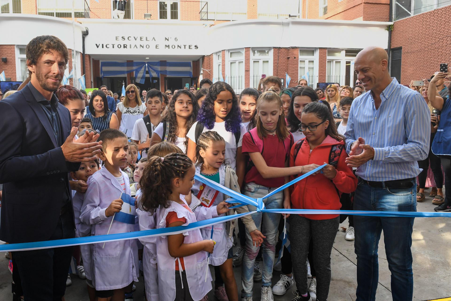 Andreotti apuesta a la educación e inauguró los renovados edificios de la primaria Nº6 y secundaria Nº23