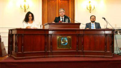 """Pergamino: en un duro discurso, Martínez criticó la """"ineficiencia del Estado Central"""" y la presión tributaria"""