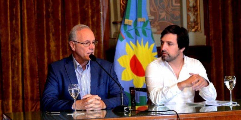 """""""El coronavirus es como la gripe y vino para quedarse"""", aseguró el ministro de Salud bonaerense"""