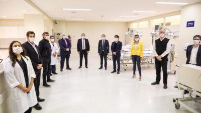 Alberto, Kicillof, Máximo, Wado y Ginés pusieron en marcha un hospital en Esteban Echeverría