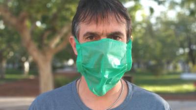 """Lamadrid ordenó el uso obligatorio de """"máscaras comunitarias"""" y limitó circulación de autos por la patente"""