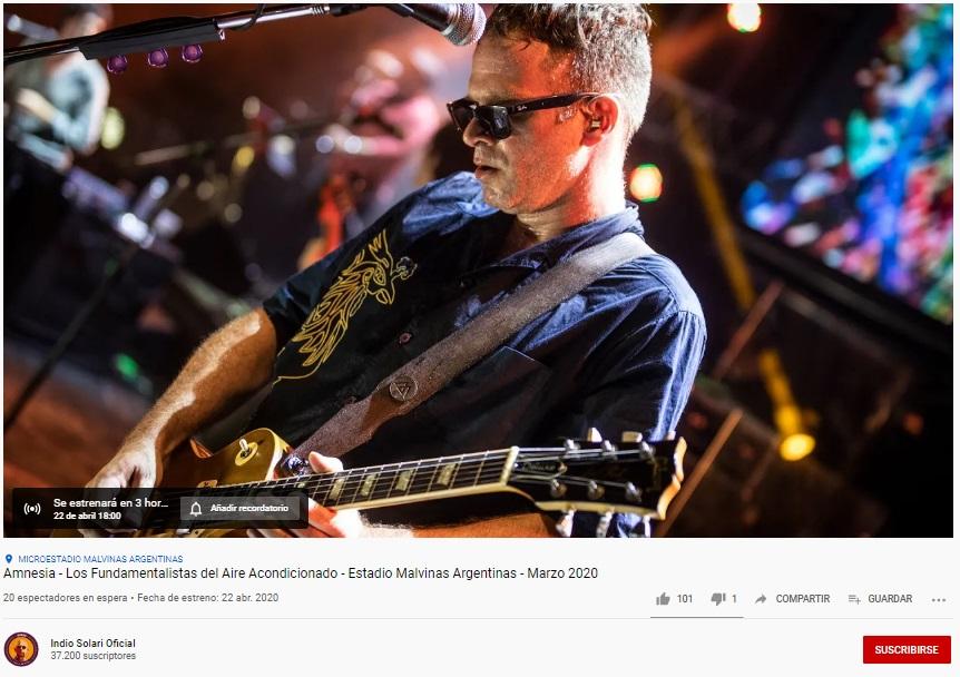 El Indio Solari presenta un tema inédito por Youtube con su holograma en un show