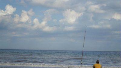 Miramar también habilitó la pesca deportiva de costa y embarcado