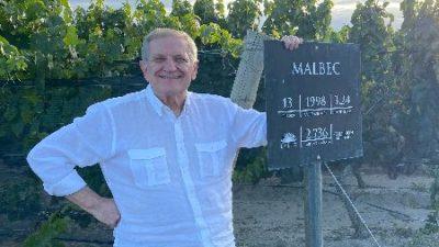 Repatriación Solidaria: Quién es el empresario del vino que regresó a cientos de argentinos de Europa