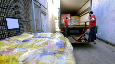 El Puerto de La Plata realizó una donación de tres mil kilos de alimentos para comedores barriales