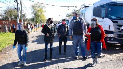 Malena Galmarini encabezó un operativo en el Barrio San Jorge para prevenir el Covid-19