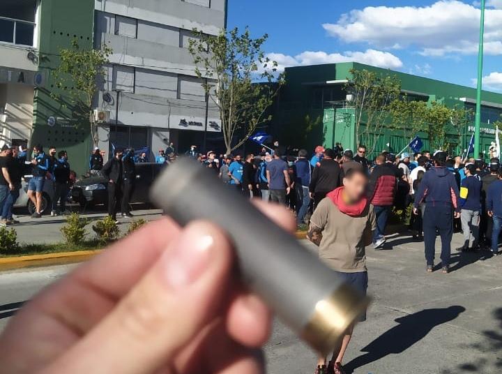 Tensión y enfrentamiento entre trabajadores petroleros del SUPEH Ensenada
