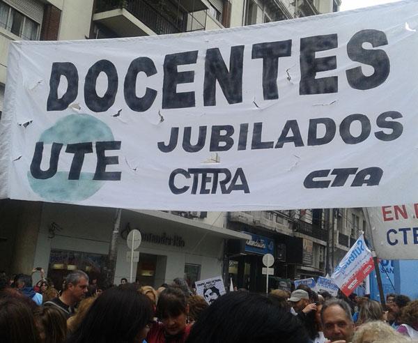 """¡Atención Jubilados docentes!  El IPS suma a los Trámites no Presenciales la recepción del""""Código Original Docente"""""""