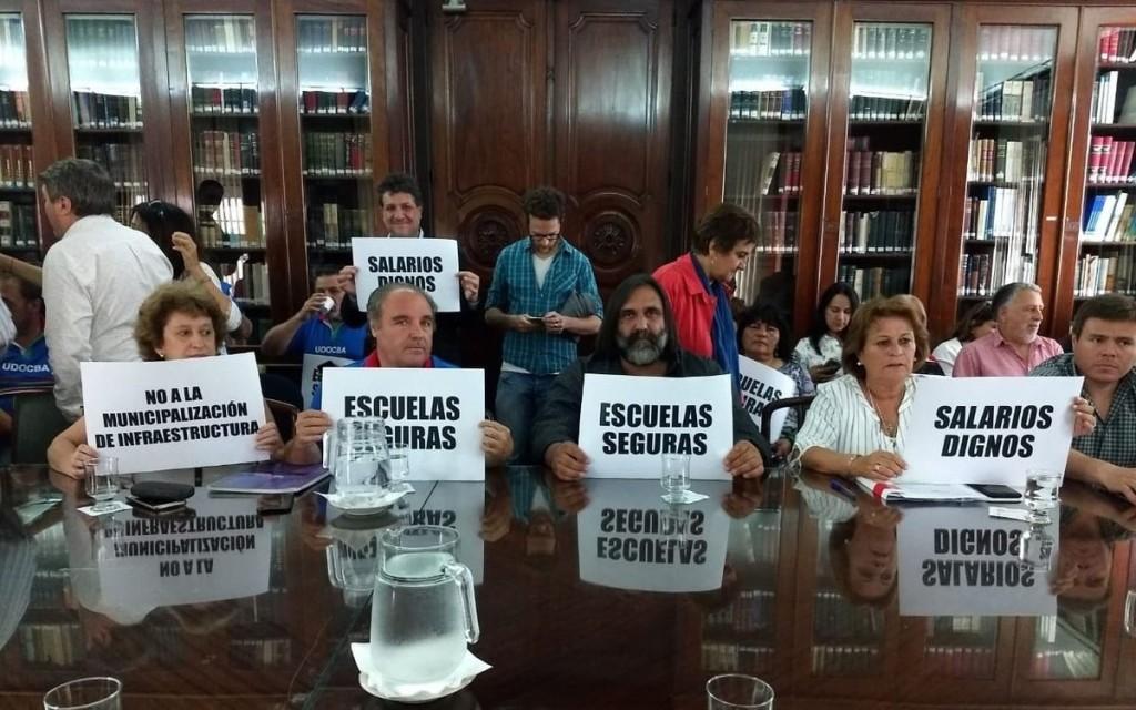 Paritaria docente: Provincia realizó la primera oferta salarial y los gremios la rechazaron