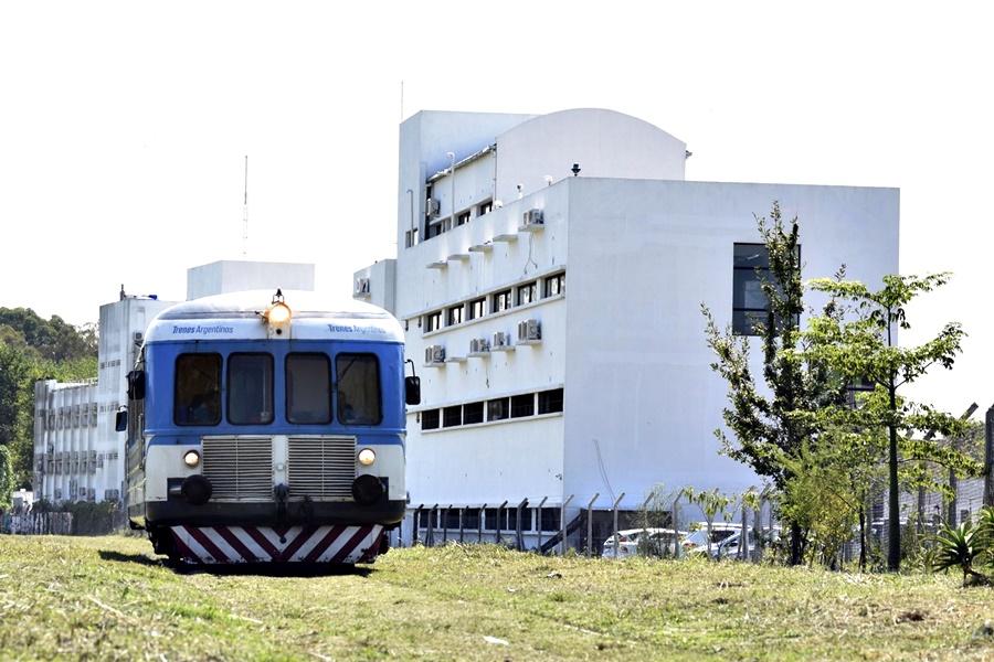 En marzo comenzarán las obras para extender el recorrido del Tren Universitario de La Plata
